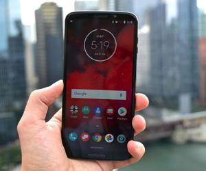 moto Z3本月15日发布 首款可升级5G的手机