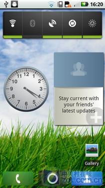 代 CLIQ 的屏幕解锁非常简单,点亮屏幕后单击菜单键就可以了,但图片